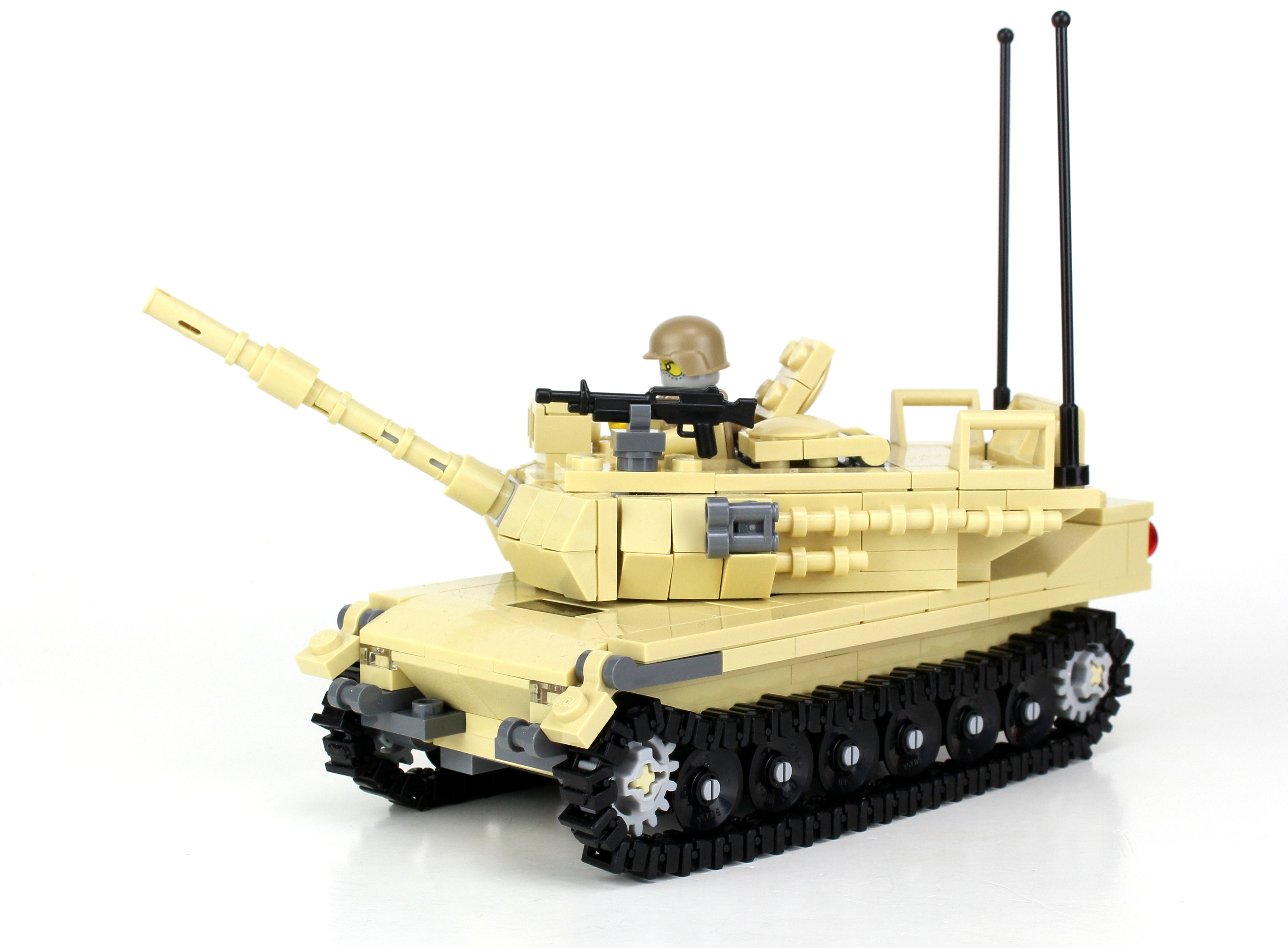 M1 Abrams Main Battle Tank Made With Real Lego Bricks