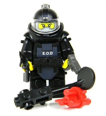 EOD Explosive Ordnance Disposal Specialist made with real minifigure